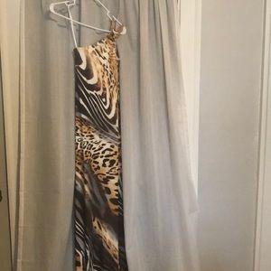 Long fitting leopard dress